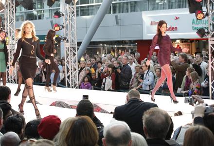 Fashion At Düsseldorf Airport