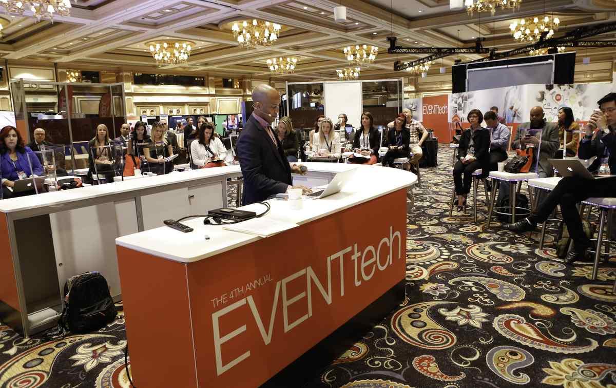 EventTech 2014 Guru Bar