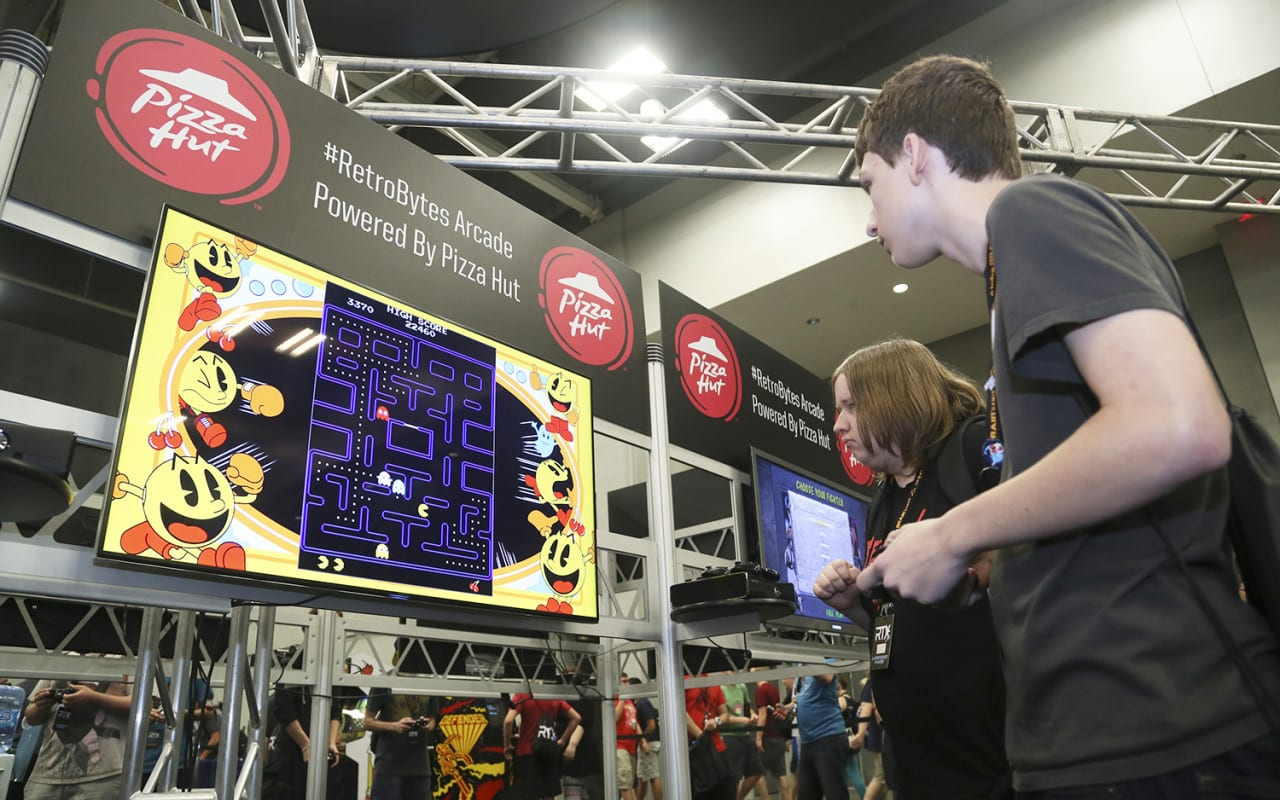 Pizza Hut Engages Gamers at RTX 2015