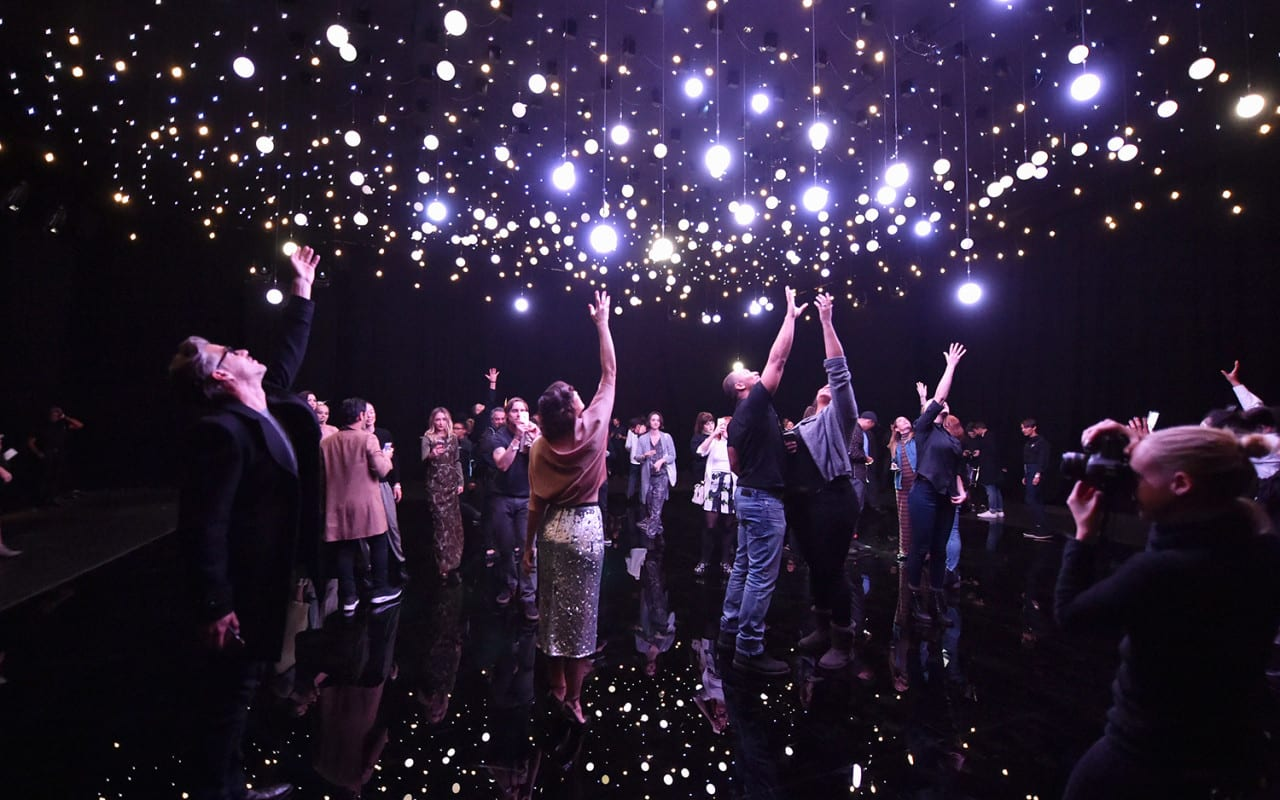 Stella Activates a Star Installation for its Give Beautifully Campaign