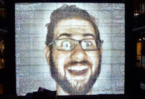 Samsung 837_large screen selfie