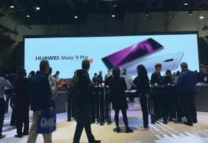 CES 2017_Huawei Wall2