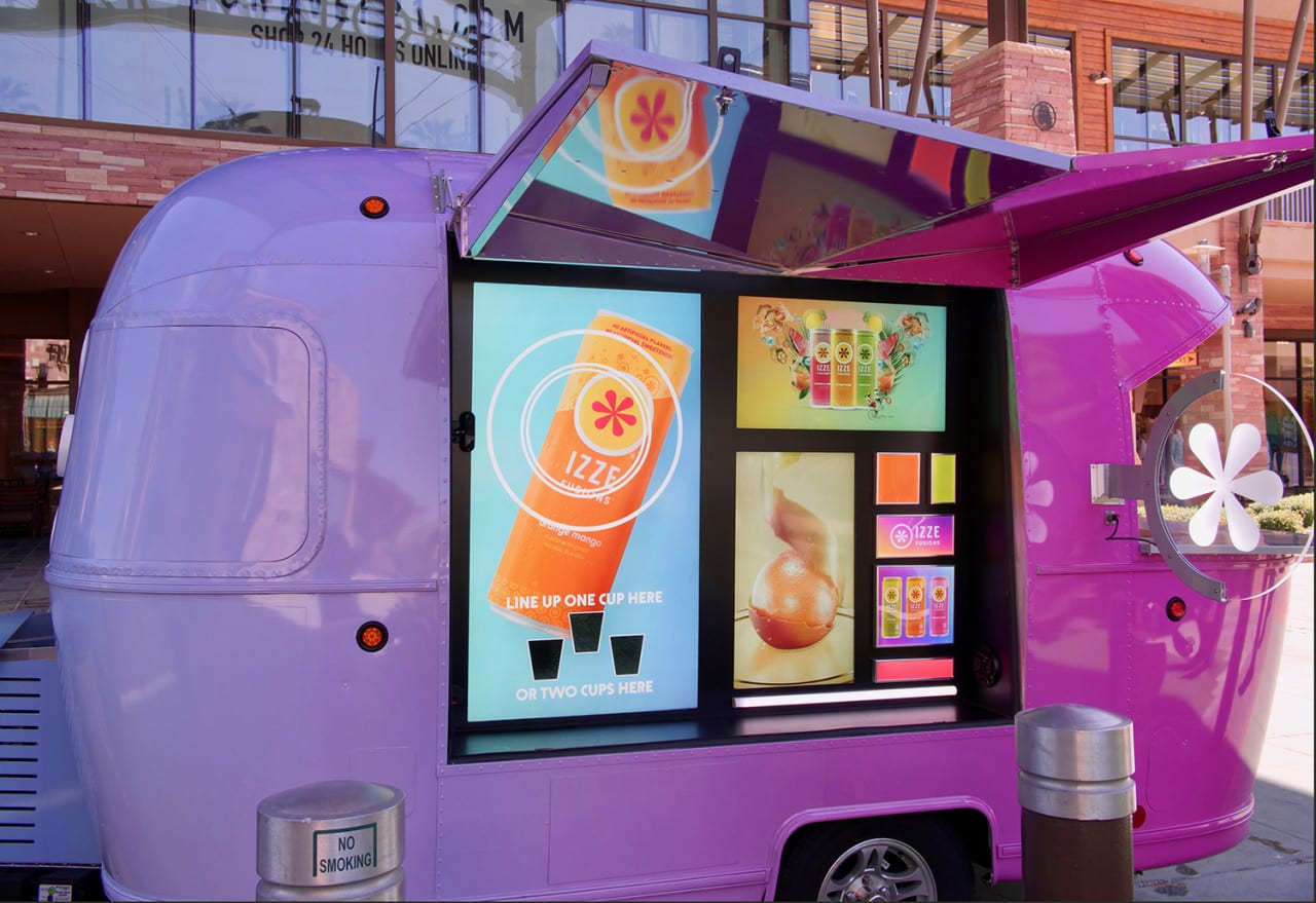 IZZE FUSIONS' Flavorful Summer Tour Gives Teens a Taste of AR