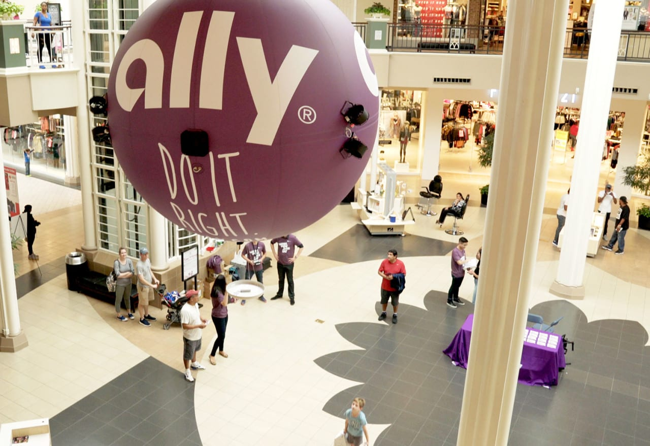 Stunts: Ally Bank's Drone Delivers Phone Chargers to Mall Shoppers