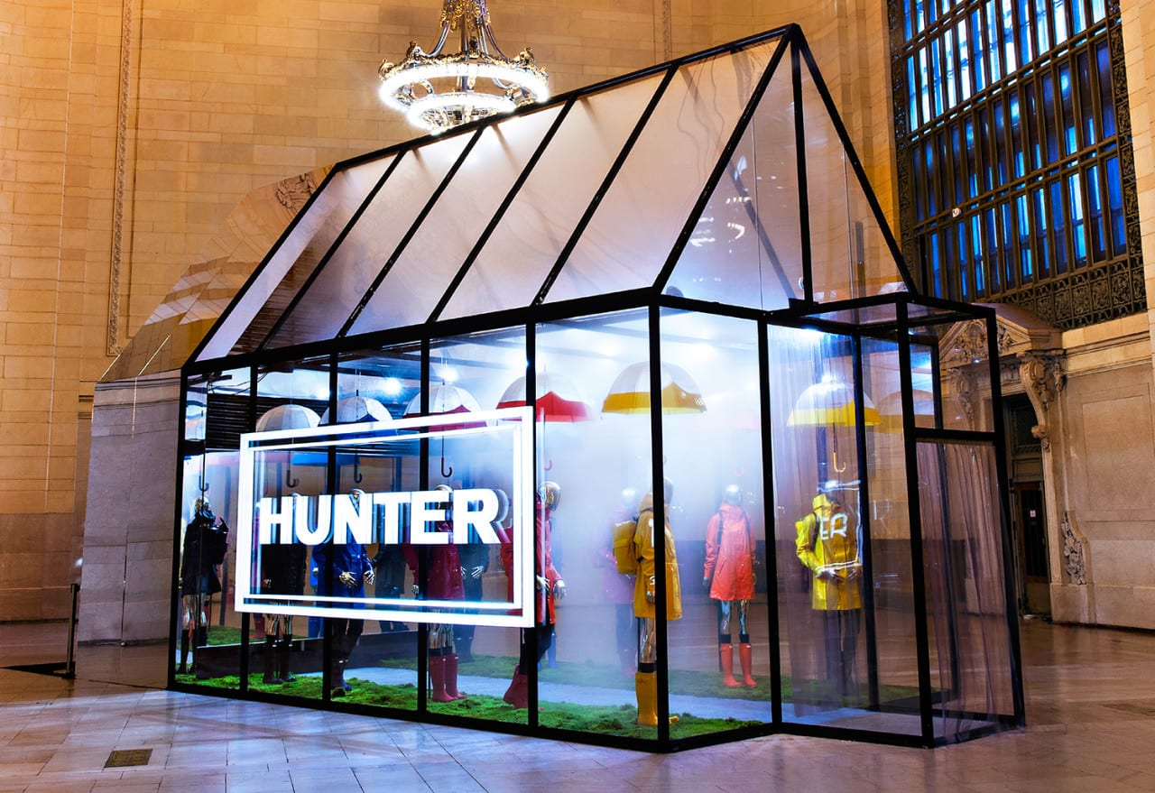 Pop-ups: Hunter's Multisensory Greenhouse Experience Transports Consumers to the Scottish Highlands