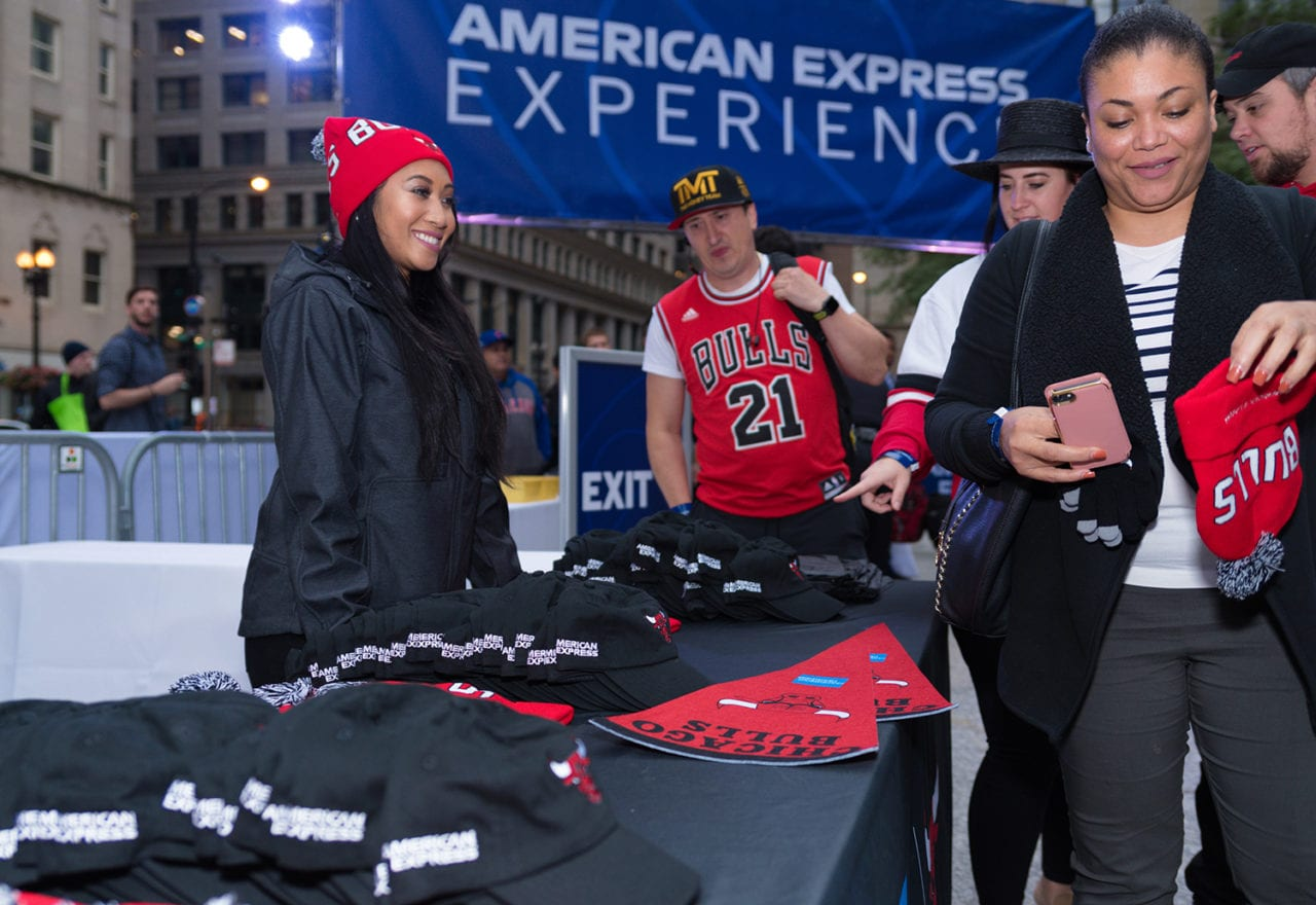 American Express Incorporates Local Businesses Into its Chicago Bulls Fan Activation