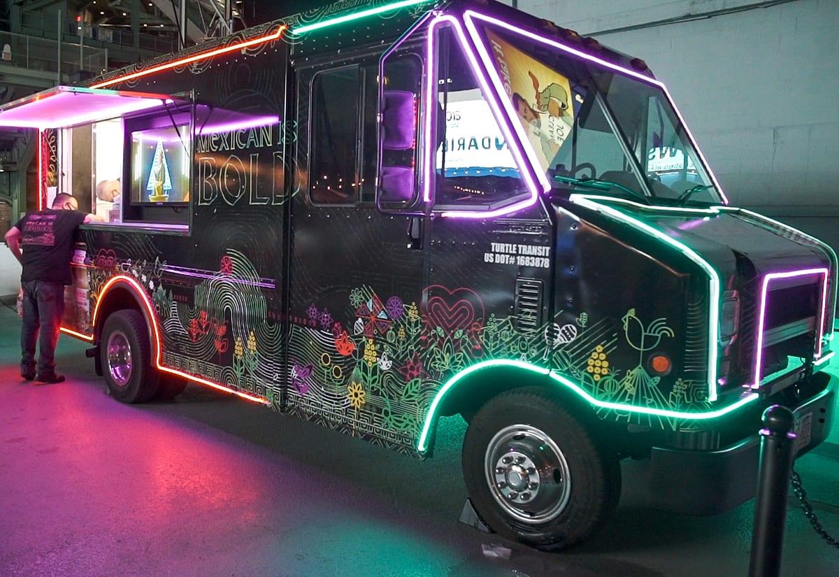 Herdez food truck