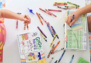 GoGo squeeZ x Crayola 2021_1